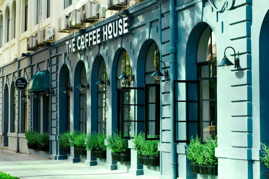 """The Coffee House- Từ """"Trạm dừng chân"""" đến """"Ngôi nhà cà phê"""" giữa lòng thànhphố."""